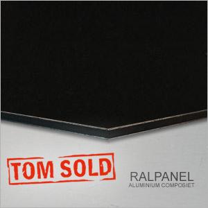02 RALPANEL 9005 ZWART
